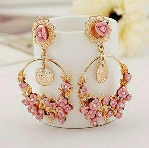 Floral Hanging earrings - PINK
